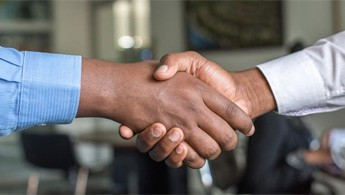 3 cách thích ứng của doanh nghiệp khi mối quan hệ với khách hàng đang thay đổi